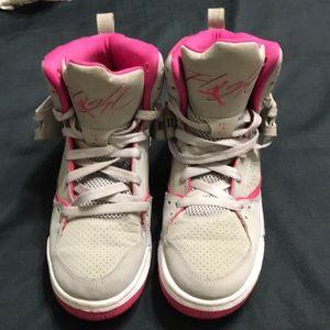 Lightly used very nice Nike Air Jordan's Flight